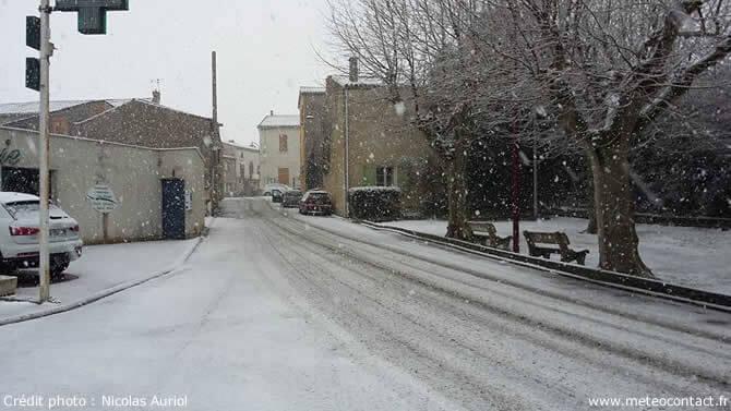 Neige - Arzens (Aude) le 18 janvier 2016