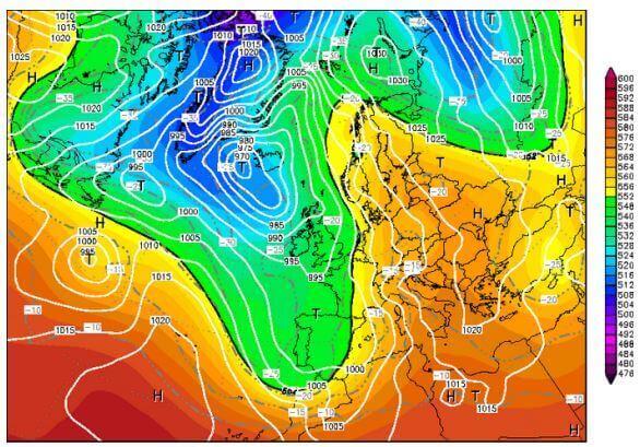 Talweg plongeant jusqu'au sud de l'Espagne et dorsale anticyclonique remontant jusqu'en Scandinavie